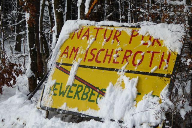 Protest auch im Winter gegen das geplante viel zu große Industriegebiet